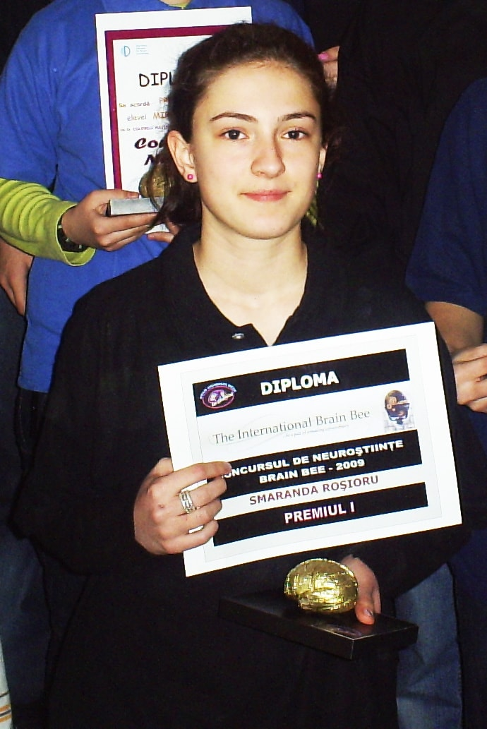 ROMANIA 2009 Brain Bee winner-min.jpg