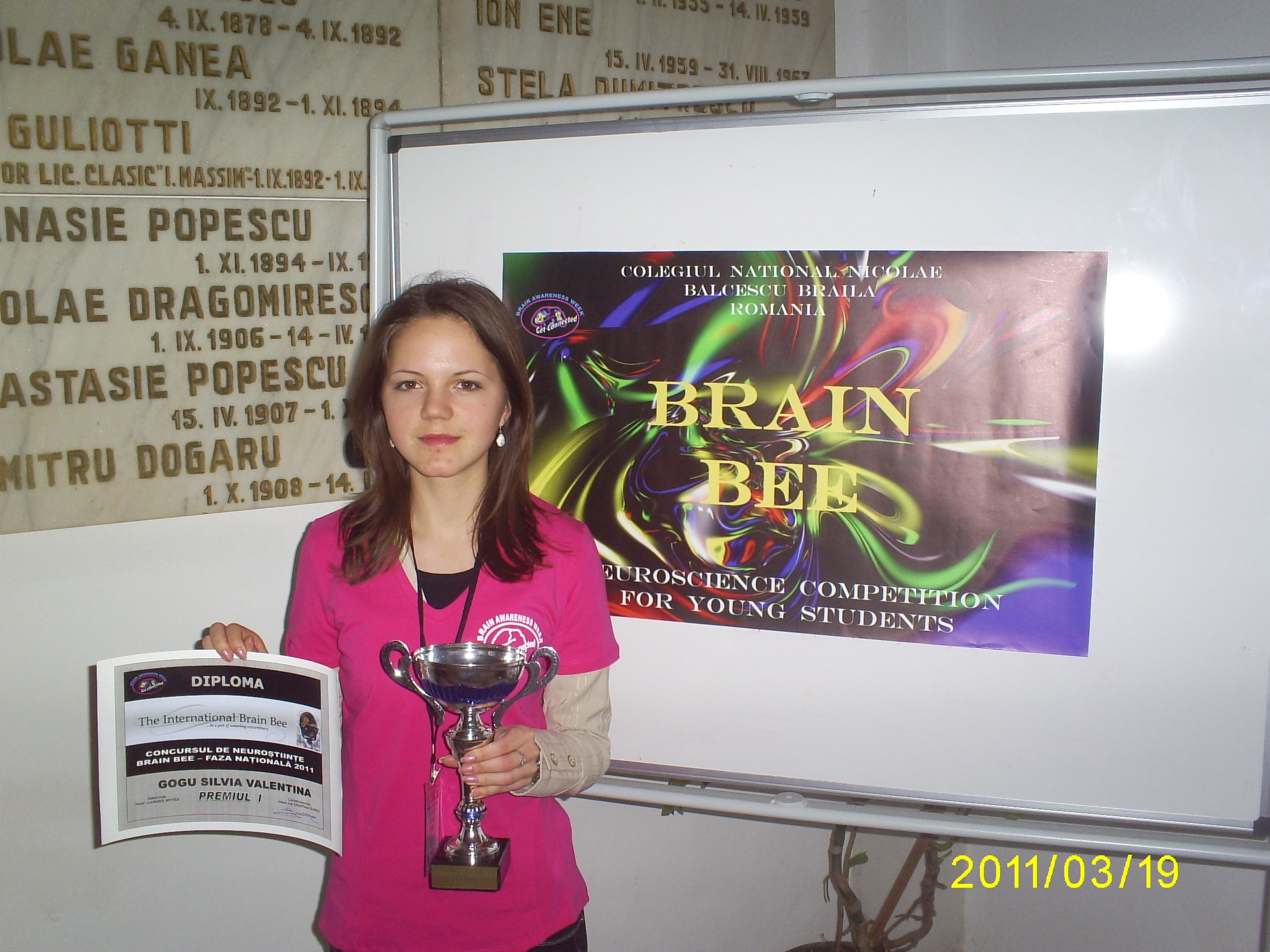 ROMANIA 2011 Brain Bee winner-min.JPG